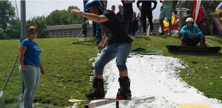 Snowboarding at Sports Day